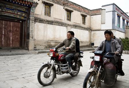 3-motorcycles.jpg